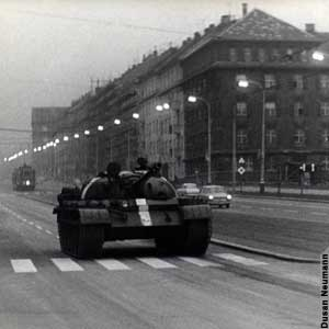 4:00 a.m. August 21, 1968 - the lead Soviet tank rolls into Prague