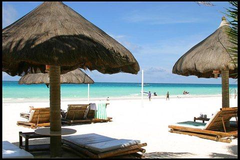 Boracay Beaches, Abu Dhabi